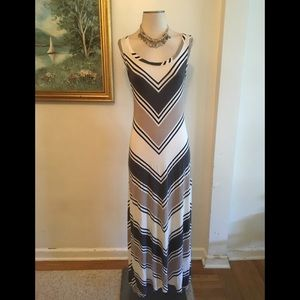APT9 STRIPED MAXI DRESS SZXS